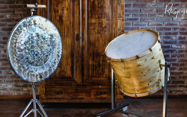 Gran cassa da concerto in radica di pioppo per Leon Lorenz a doghe orizzontali in legno massello di respighi Drums