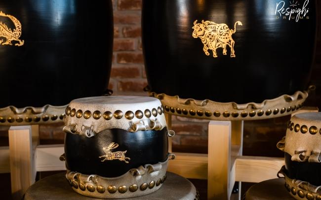 Taiko in Rovere e pioppo e lepre e toro in foglia d'oro